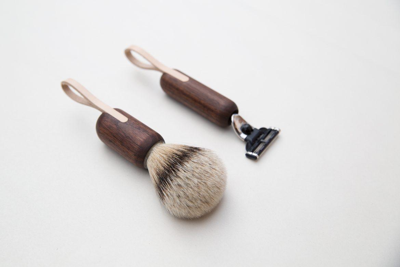 Walnut shaving brush and razor