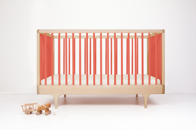 Caravan crib coral