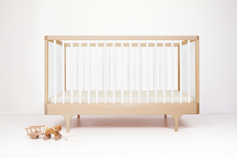 Caravan crib white
