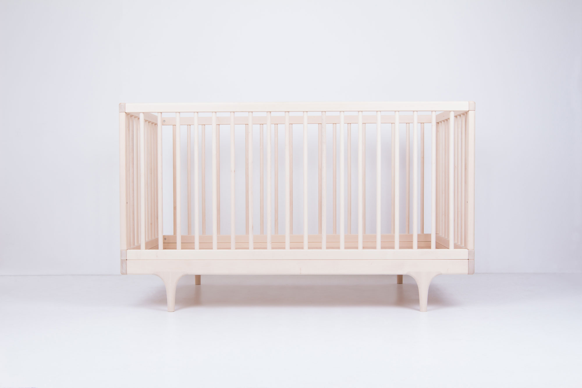 Caravan Crib Raw Maple