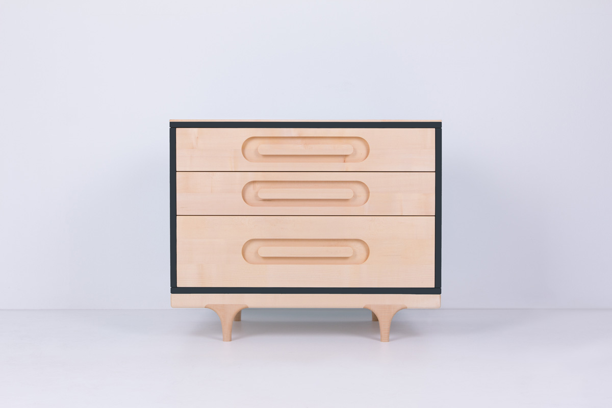 Caravan Dresser Black