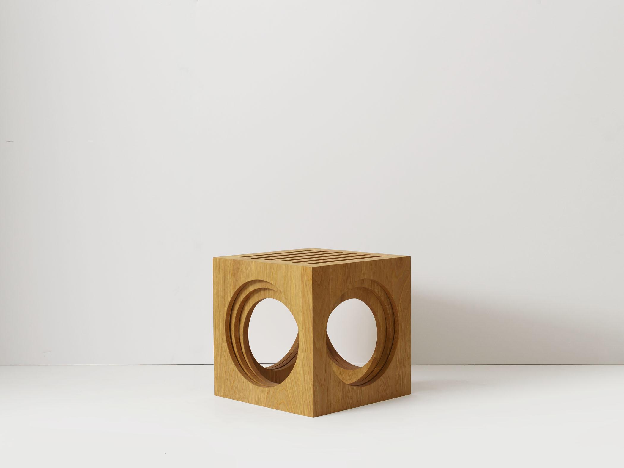 3 Blocks nesting tables/stools