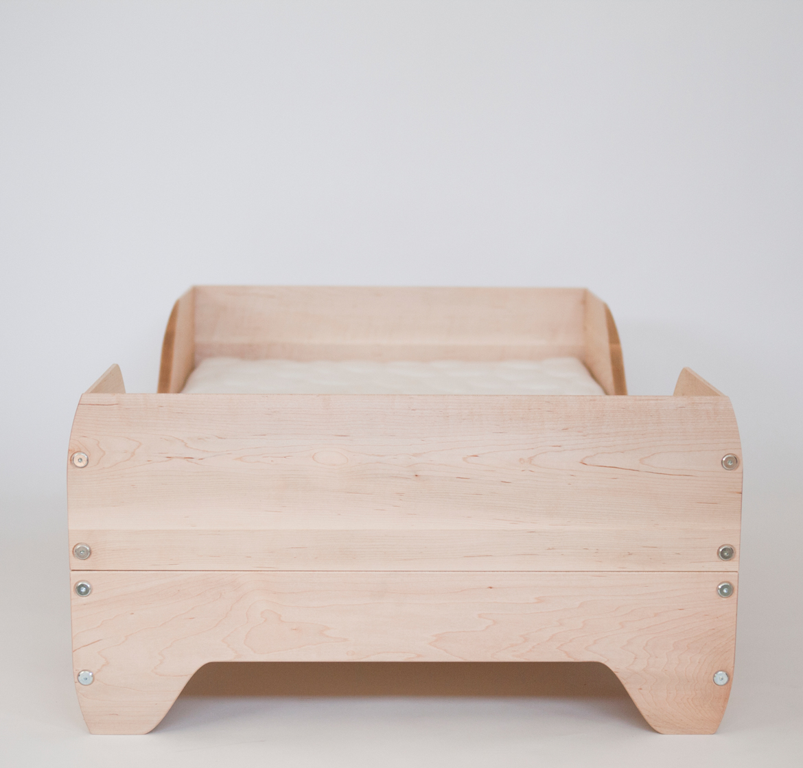 Echo Toddler Bed end view