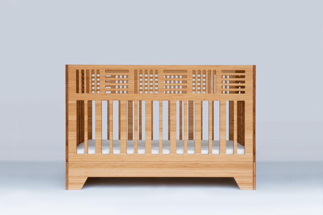 IO Crib front view