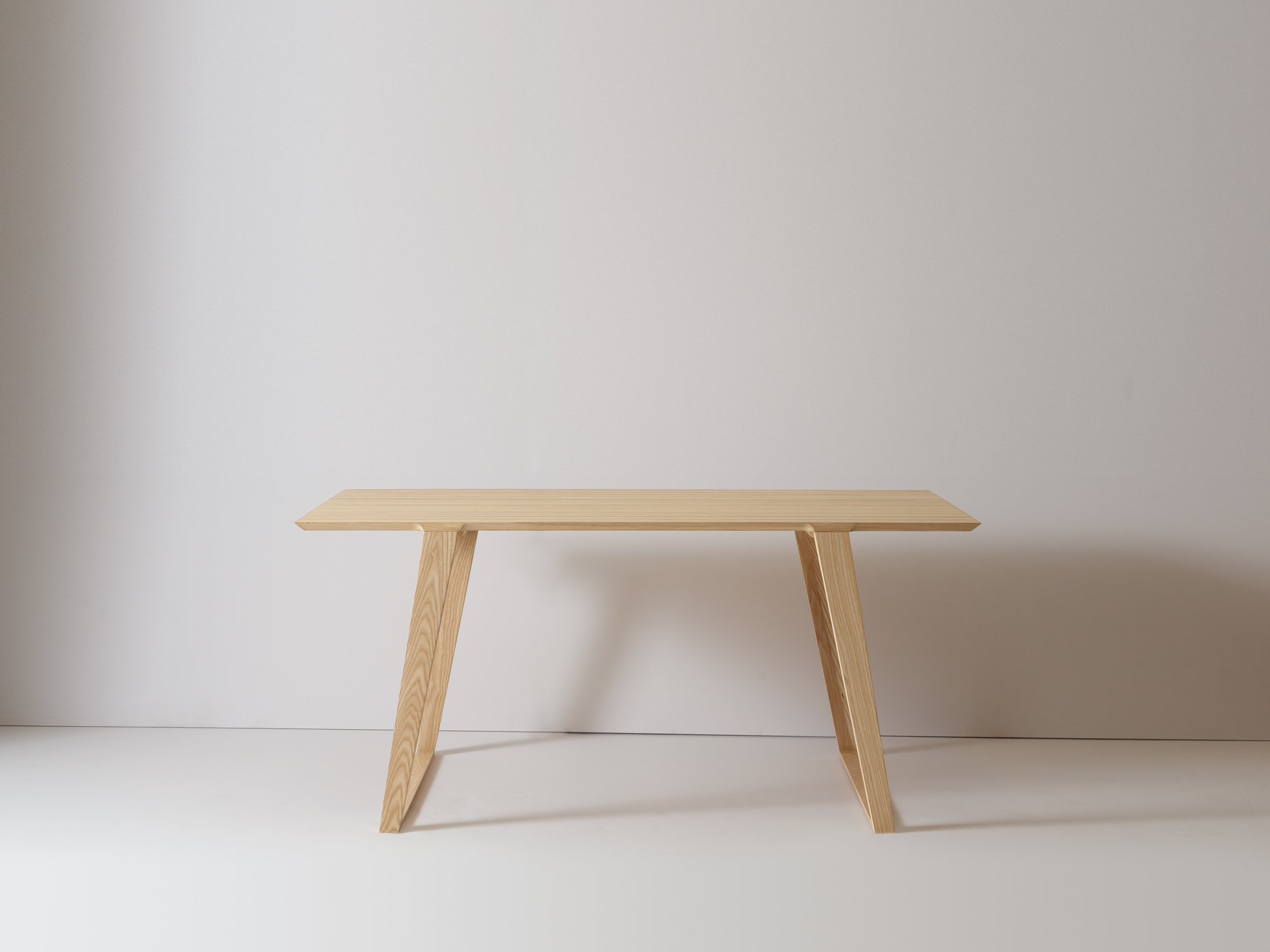 Small Isometric Table in Ash