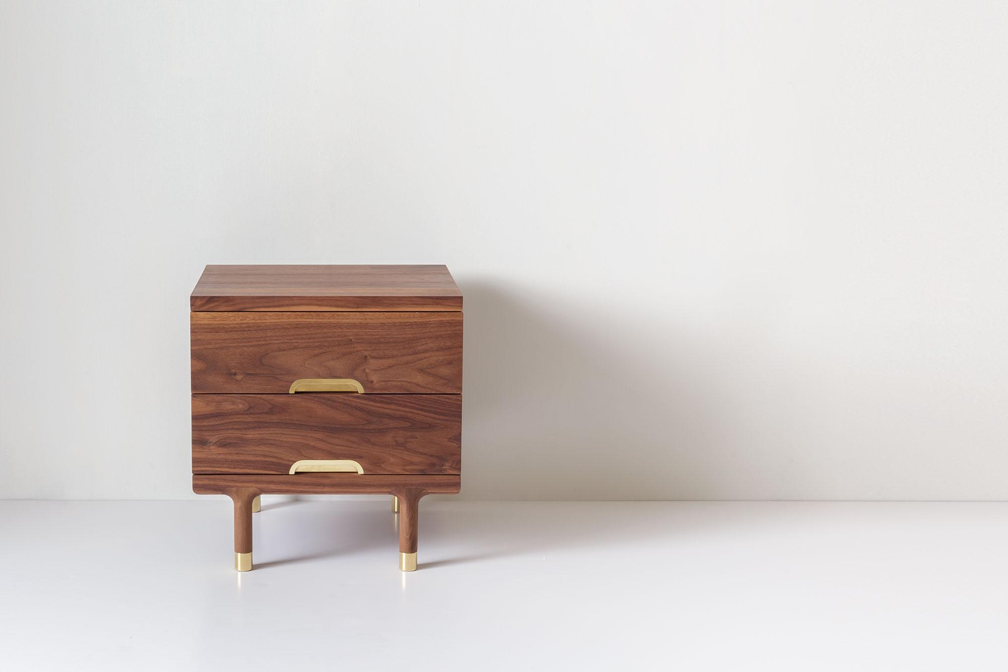 Simple Side Table Walnut